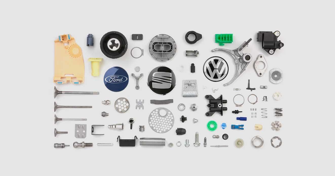 pièces automobiles fabriquées avec des systèmes d'alimentation spéciaux