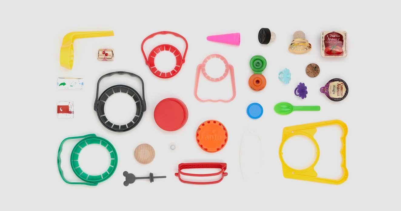 plásticos e derivados construídos de máquinas industriais